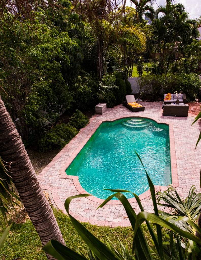 2861 Pinetree Dr Miami Beach 006