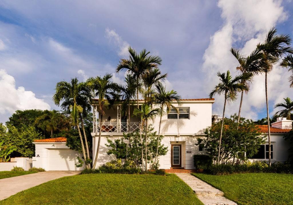 2861 Pinetree Dr Miami Beach 031
