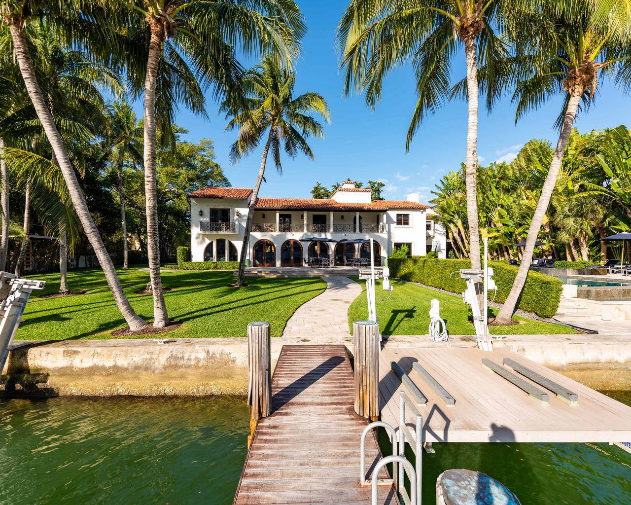 Category: Miami Beach Luxury Real Estate