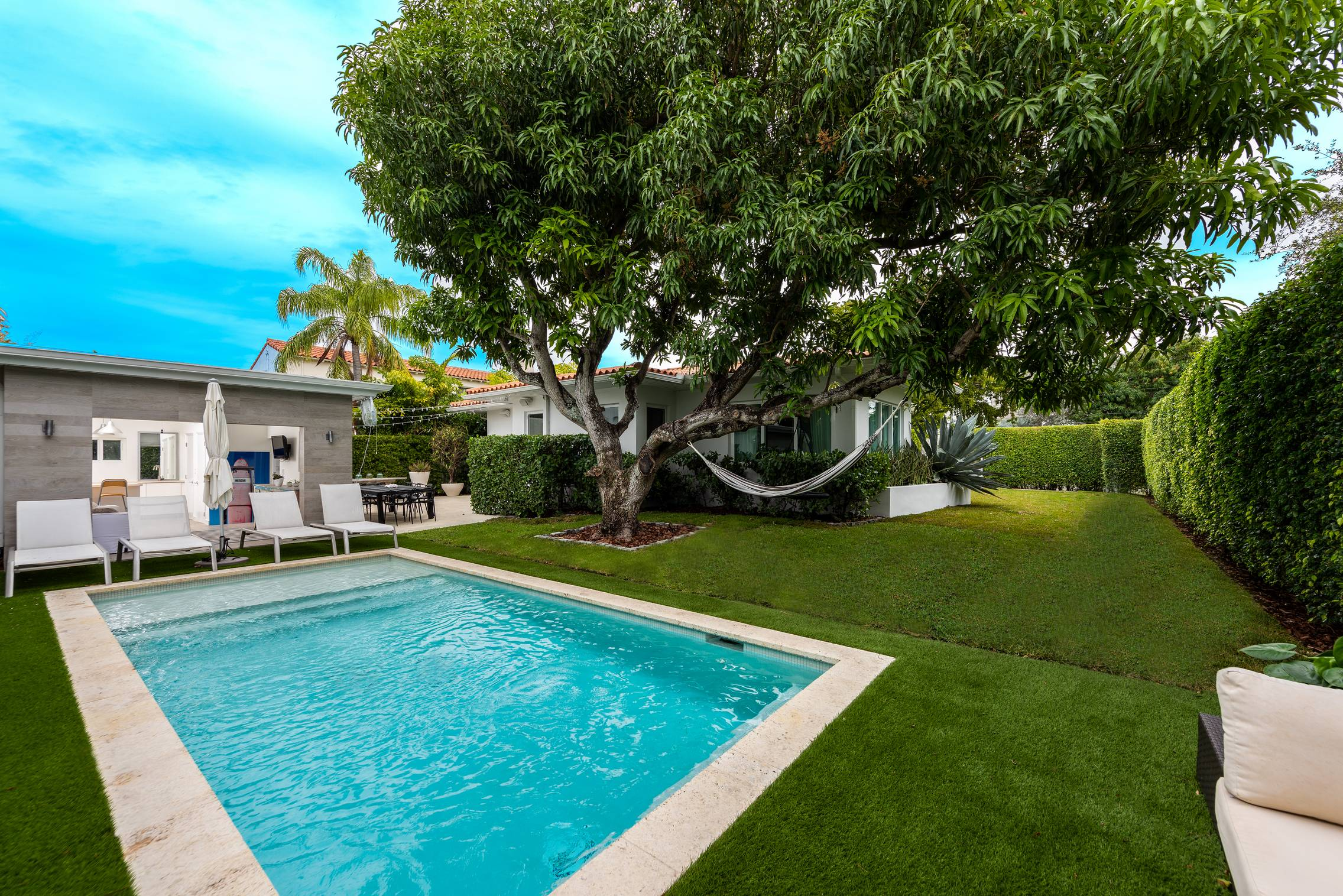 JUST LISTED | 5500 Pinetree Drive Miami Beach